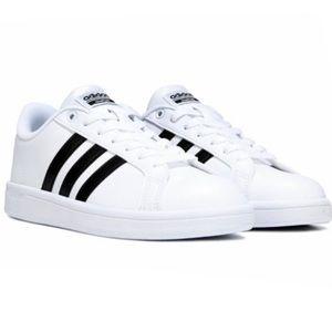 Adidas Classic Sneakers Cloufoam NWOT